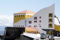 Café Portugal - PASSEIO DE JORNALISTAS nos Açores - São Jorge - Velas - Auditório Municipal
