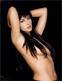 Monica Bellucci femme sexy