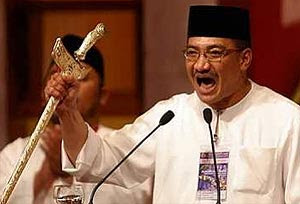 Hishammuddin Hussein keris act