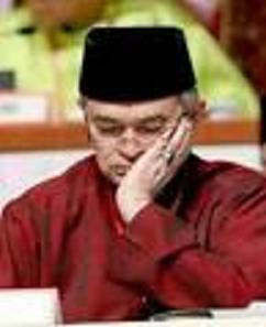 sleepy Abdullah Badawi fast asleep