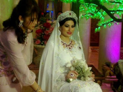 Thief Minister Taib Mahmud billion dollar bride
