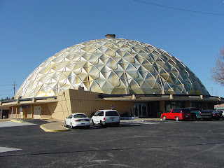 The Gold Dome Bank in Oklahoma City, Oklahoma, winner of the 2007 Board of Advisors Award.