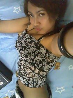 Gadis Bandung