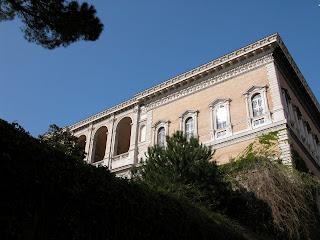 palais farnese, ambassade de france à Rome, italie