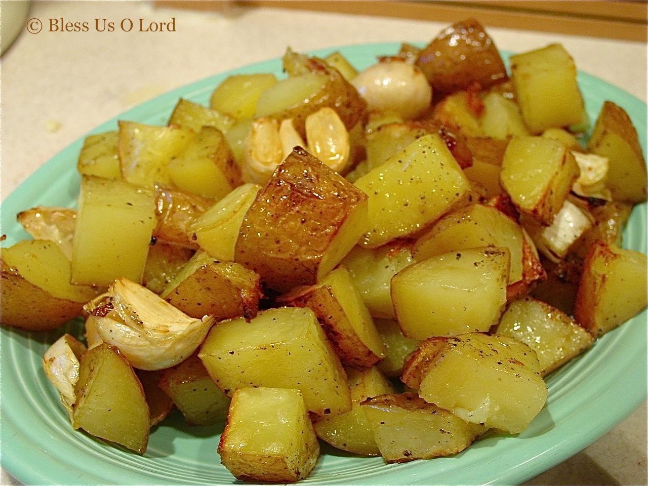 Bless Us O Lord...: Roasted Garlic Potatoes