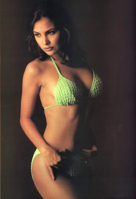 bikini photos of lara dutta