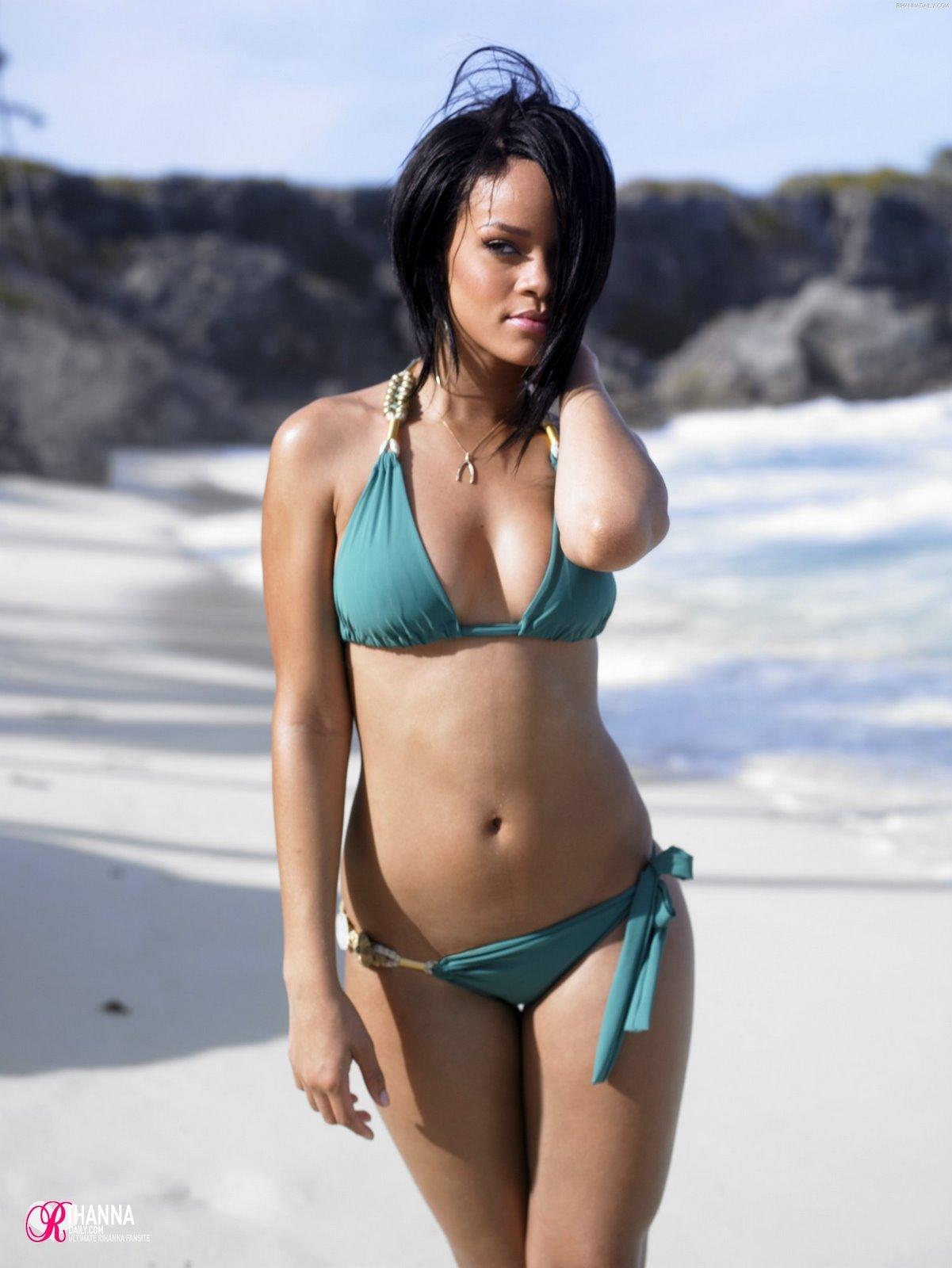 http://3.bp.blogspot.com/_sH7fLNOqRFE/TEr38BMK7XI/AAAAAAAACIo/_SRe4csbitM/s1600/Rihanna%2B(1).jpg