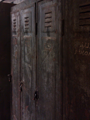 lockers, metal, rust