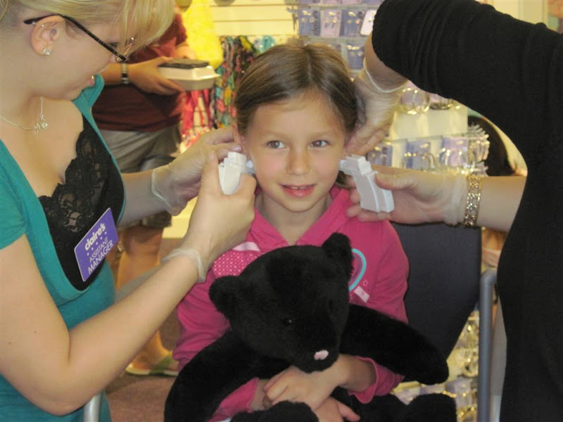 Ani got her ears pierced. This picturepre-pierce. title=