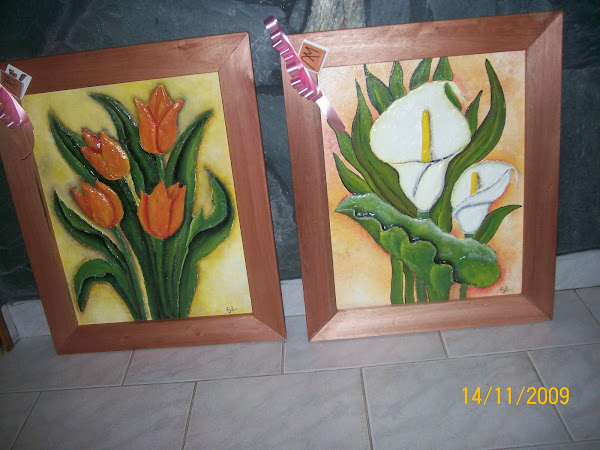 Flores en relieve.  0,60mts x 1,00 mt