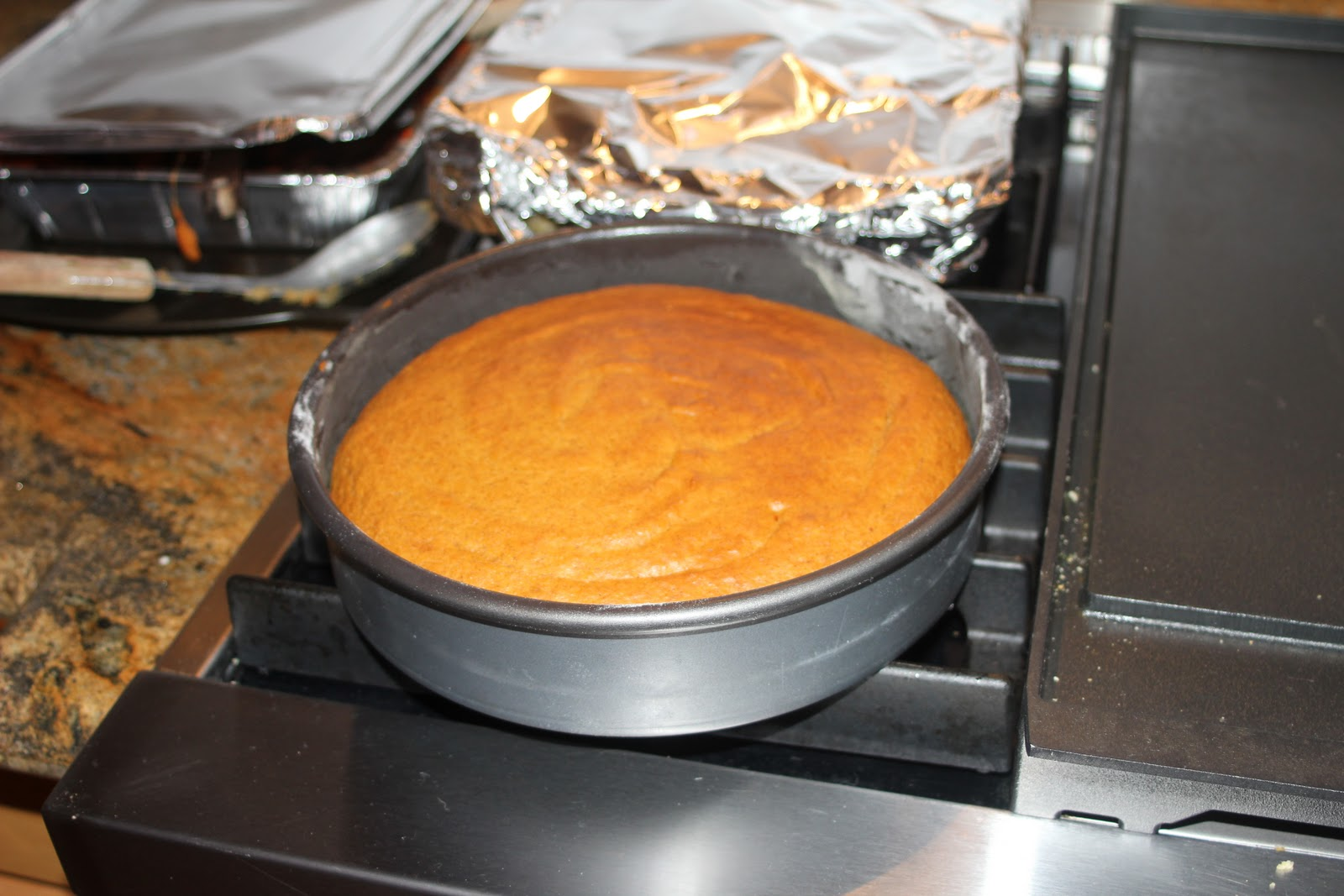 pumpkin cake with whiskey whipped cream the pioneer woman pumpkin ...