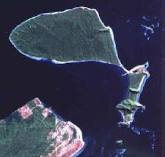 ILHA DO MEL - Paraná - Brasil (vista do espaço)