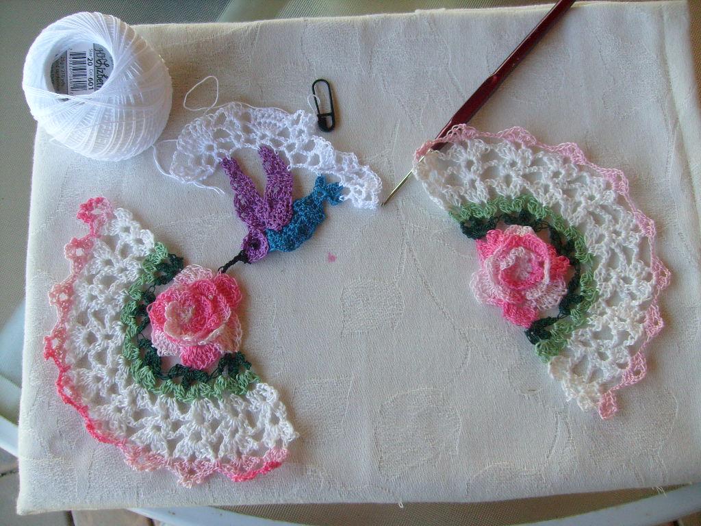 Free Crochet Hummingbird Doily Pattern : Typstatting, Knitting @ Crochet: August 2010