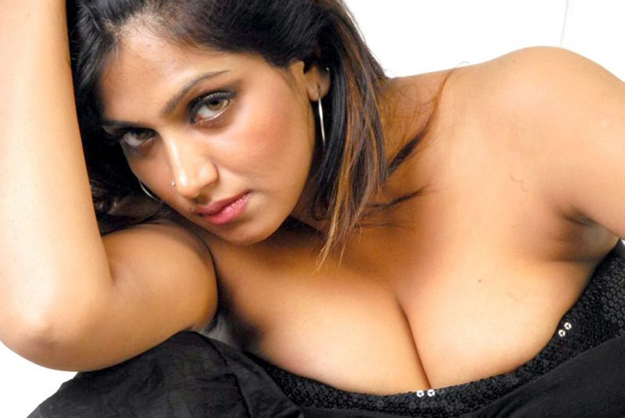 Hollywood Beauties Info: telugu masala aunties