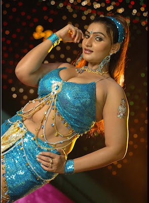 hot mallu masala actress babilonia/babylonia latest pics,hot show of her breast