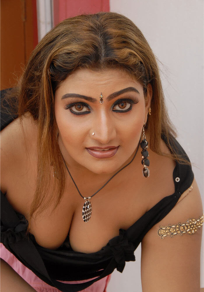 hot mallu masala tamil actress babilonia hot exposing