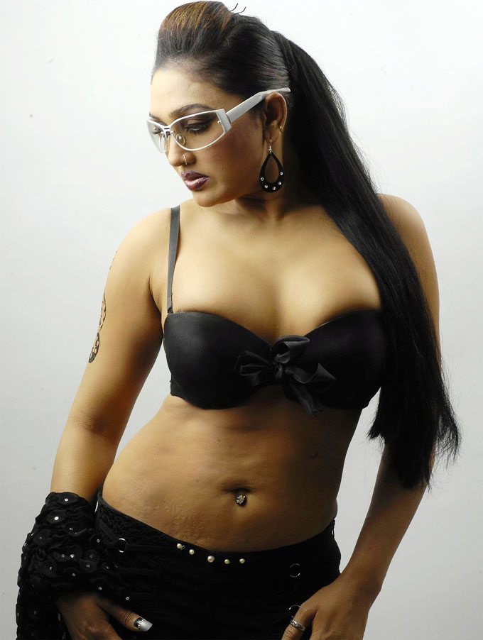 HOT ACTRESS RAMYA SREE SPICY PICTURES