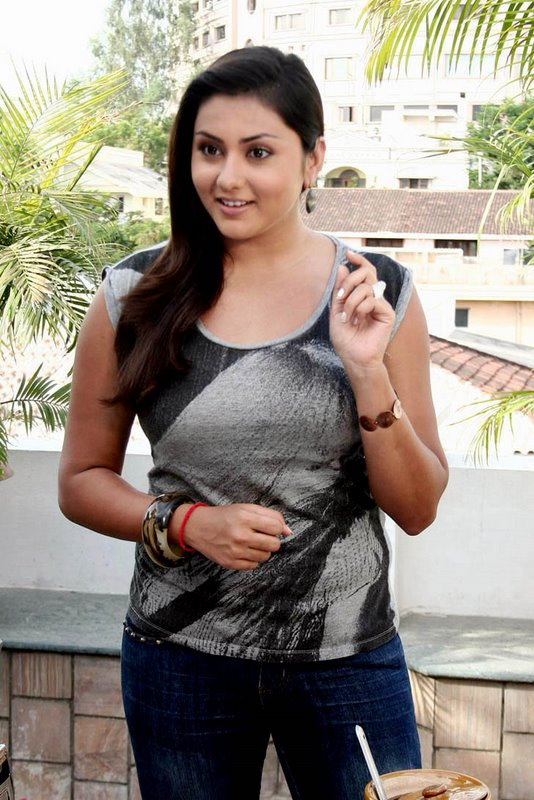 hot mallu namitha looking hot