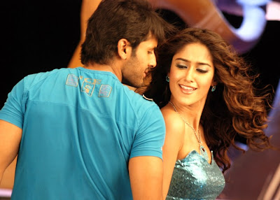 hot ileana latest hot pics from rechchipo with nitin