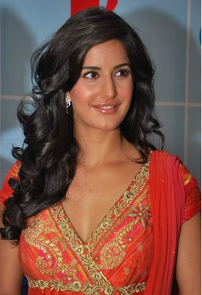 bollywood katrina kaif with new york conetst winners hot images