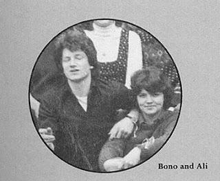 Bono e Ali no colégio