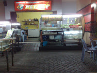 Seafood restaurant in Hotel Wiko's food court area
