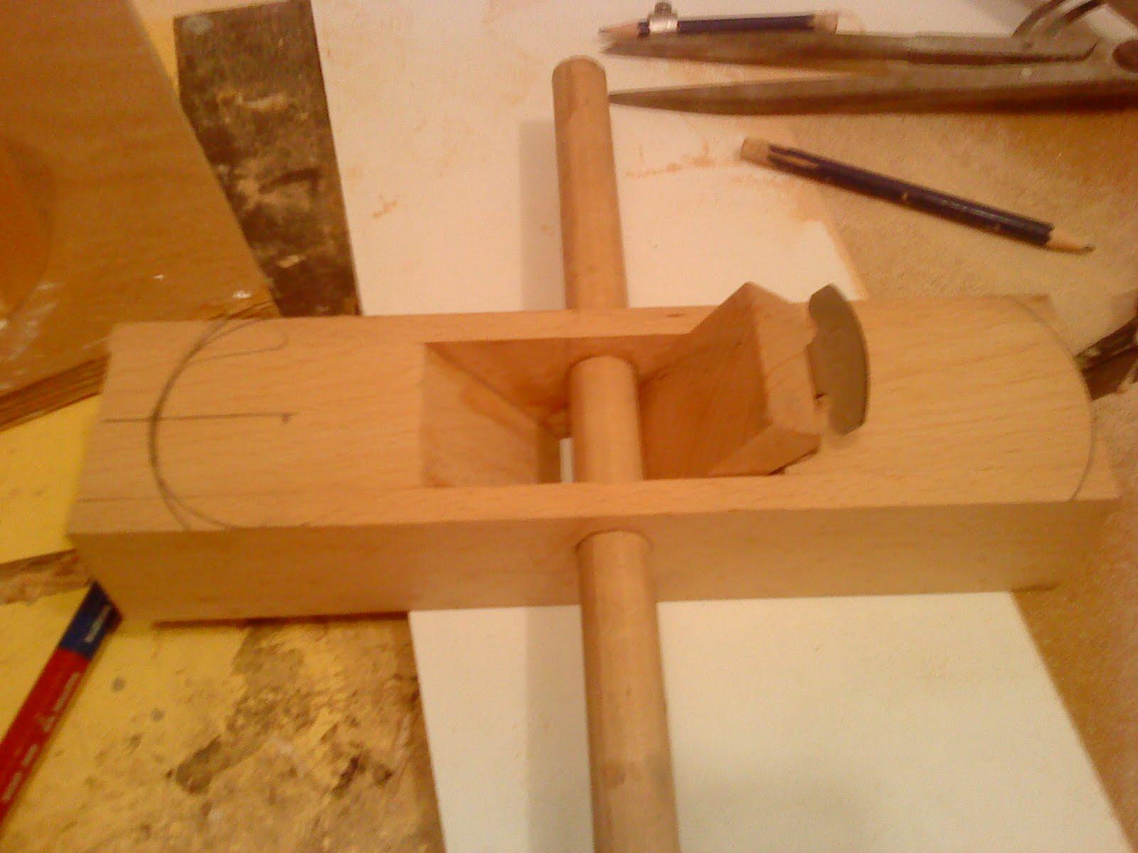 Pin cepillo para madera carpinteria on pinterest - Cepillo de madera ...
