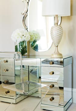 Ohmigosh Design Blog Lovable Lucite