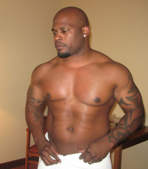 Mr.+Marcus+%2528towelwhite1%2529 Dude Dare clips. January 3, 2012 ·. Watching some gay dudes getting on is ...