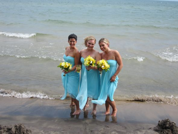 GET THE LOOK Teal Lemon Themed Wedding Blue Yellow weddings