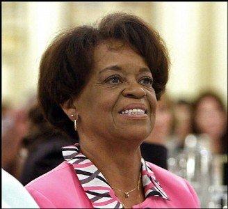 http://3.bp.blogspot.com/_s_PlgoFPUT4/TMsGtAHKlMI/AAAAAAAACR0/elTVRlW4-YA/s1600/Marian+Robinson.jpg