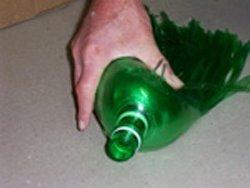 Hacer una escoba con botellas