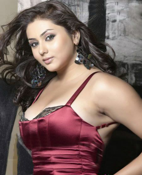 South Hottie Namitha - Mega thread - Page 2 Namitha-latest-hot-photos-pics-stills-02