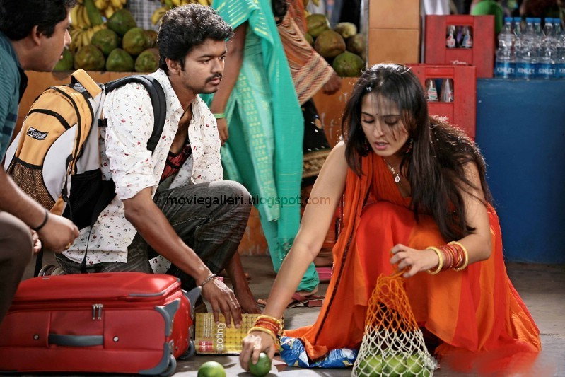 [vettaikaran-latest-stills-01.jpg]