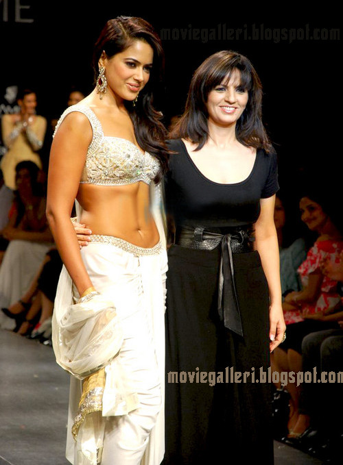 sameera reddy lakme fashion week 2009