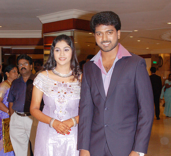 [Actor_Vikranth_Manasa_Wedding_Reception_Stills_Pictures_Photo_Gallery_Images_05.jpg]