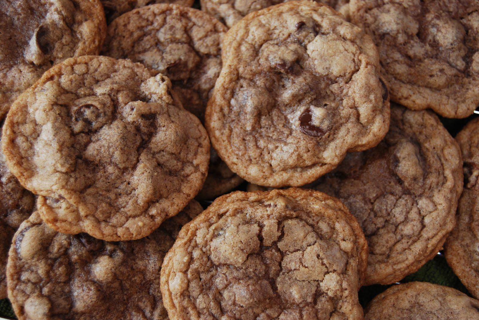 Nutella Chocolate Chip Cookies - Macaroni and Cheesecake