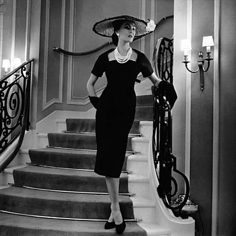 """Стиль одежды  """"New Look """" от Кристиан Диора, это не просто роскошные платья в стиле 50-х с многослойными воздушными..."""