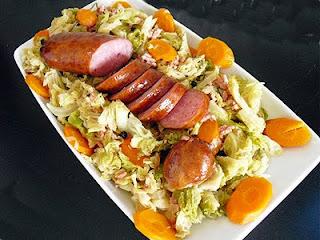 Morteau au chou la recette facile par toqu s 2 cuisine - Cuisiner saucisse de morteau ...