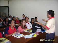 อาจารย์สมเกียรติ หลักสูตรภาษาพม่า วิทยาลัยชุมชนระนอง