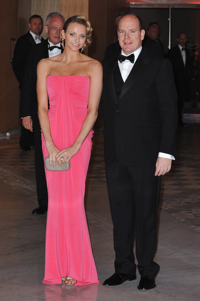 charlene wittstock plastic surgery. Charlene Wittstock is gorgeous in pink with Prince Albert II of Monaco at the Monaco Grand