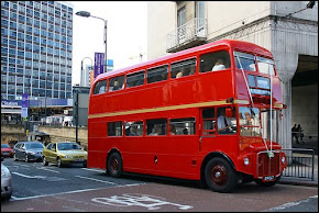 A tipical red bus of England