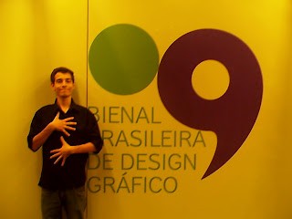 Alex Gonçalves na 9ª Bienal de Design Gráfico. Blog Publiloucos
