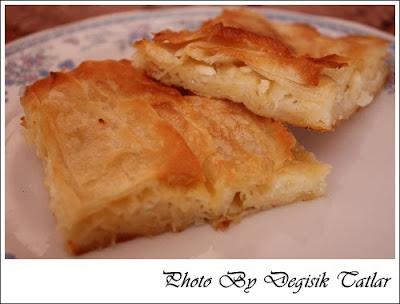 Parça Baklava Yufkalı Ve Normal Yufkalı Peynirli Börek