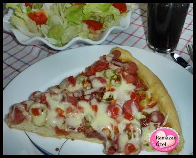 Nefis Kıymalı Sosisli Salamlı Mantarlı Pizza Olalala…