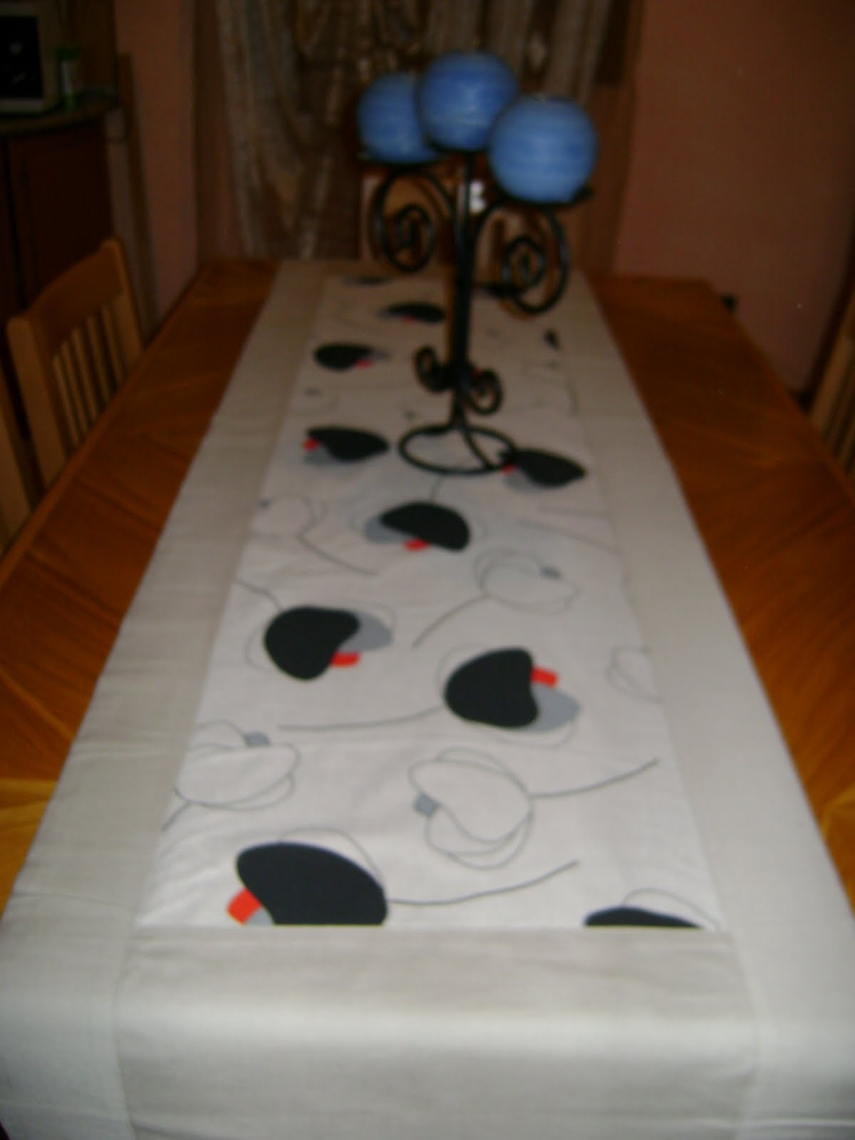 Creativehouse3 decora la tua tavola - Copritavolo moderno ...