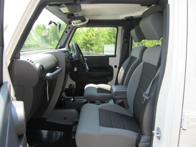 2010 Jeep Wrangler Unlimited Sport RHD