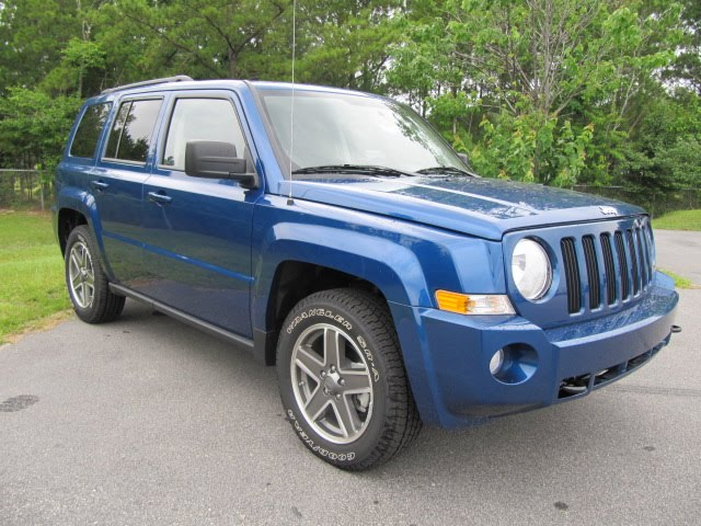 hendrick chrysler jeep why buy a 2010 jeep patriot. Cars Review. Best American Auto & Cars Review