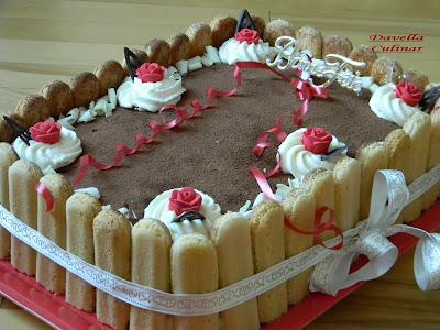 Articole culinare : Gâteau d'anniversaire TIRAMISU pour 20 personnes / Tort TIRAMISU pentru 20 de persoane