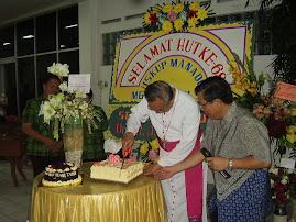 Hut Mgr. Josef Suwatan, MSC